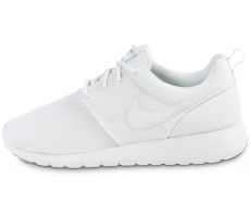Chaussures Nike Roshe One Junior blanche